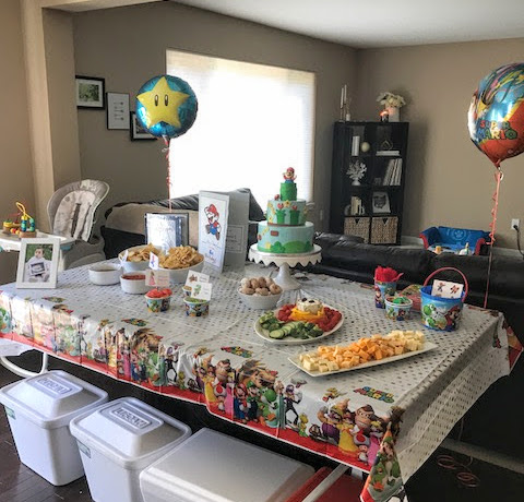Super Mario Birthday Party Tablescape